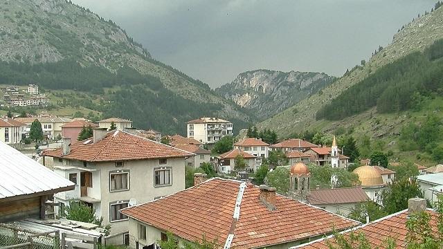 Село Триград